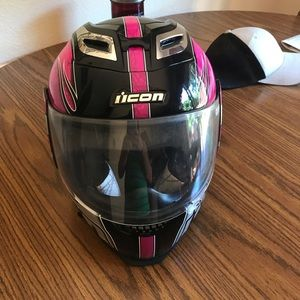 Women's motorcycle helmet